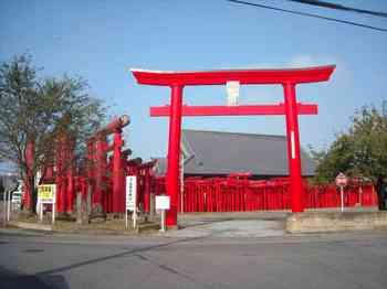 小泉稲荷神社.jpg